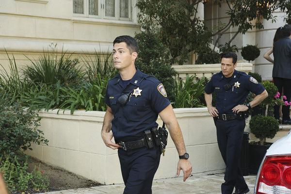 Smo omenili, da bo Jack policist? | ABC