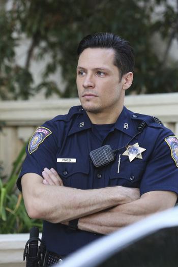 Res je, Jack bo policist. | ABC