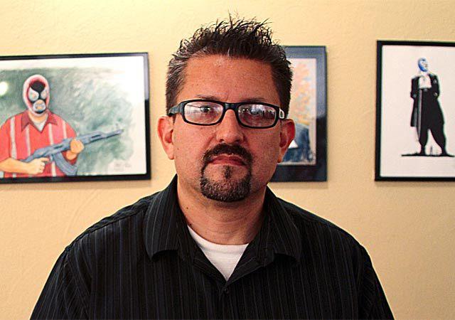 Lalo Alcaraz, stripar, ki bo sodeloval s Sethom MacFarlanom