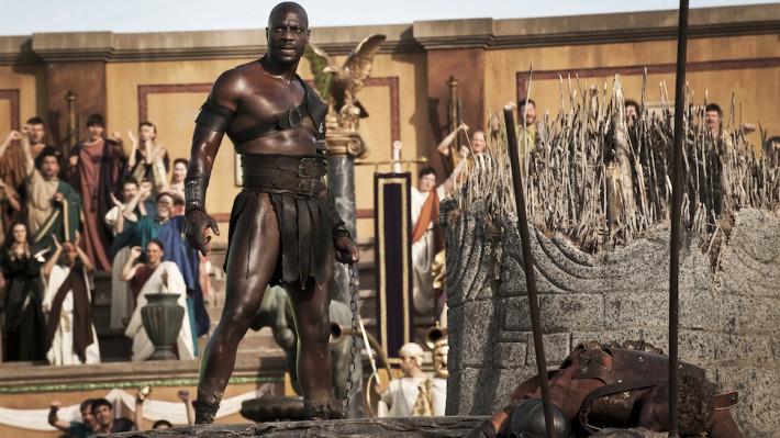 Adewele Akkinouye-Agbaje bo predstavil čisto nov lik.