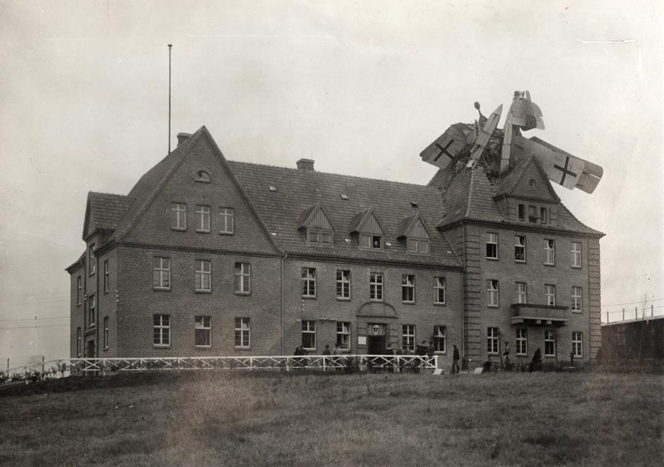 Nemški Friedrichshafen je strmoglavil na stavbo v Nemčiji, 1918.