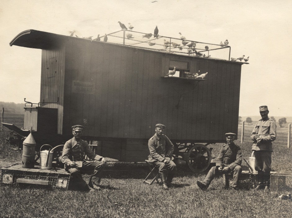 Nemška mobilna postaja z golobi pismonošami, 1916.