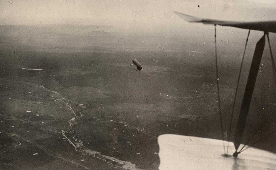 Opazovalni balon nad zahodno fronto, 1917.