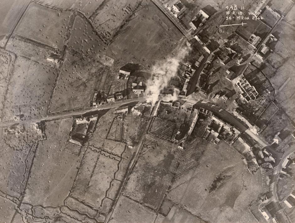Letalski posnetek britanskih položajev na zahodni fronti, februar 1918.